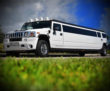 Luxury limos in NYC Party Bus Online